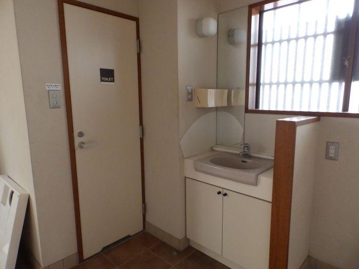 1、2階ともにトイレがあります
