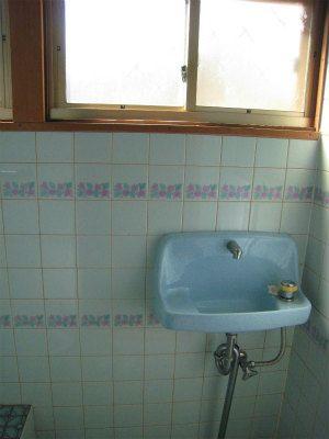 トイレ内手洗い付