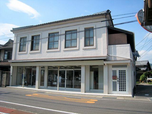 JR吉永駅2分!1階は洋品店でした