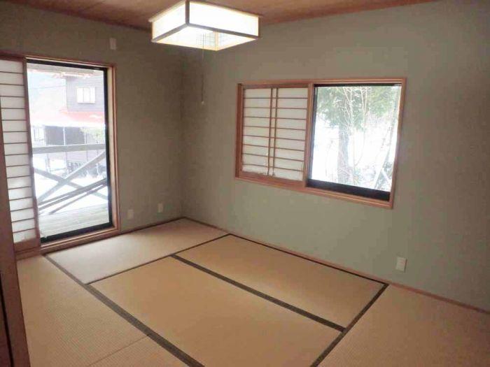 和室6畳とたっぷり収納付