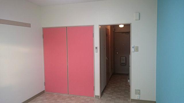 居室部分はメリハリのあるデザインです。
