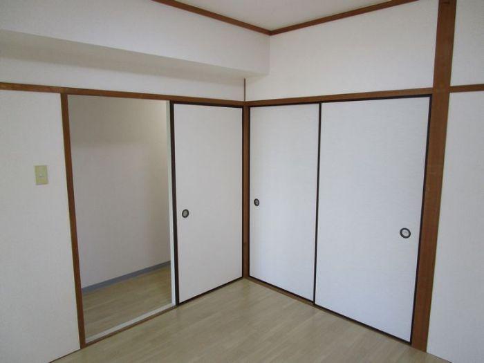 洋室4.5帖です。和室を洋室に改装しました。